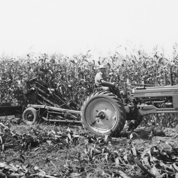 Power_Corn_Binder_John Deere_Model B_Tractor