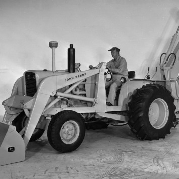 loader_backhoe_John_Deere