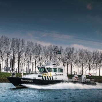 John Deere_Grote Stern_Patrol_Boat