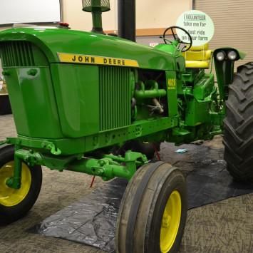John_Deere_4020_Tractor