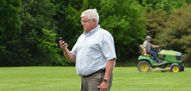 New Smartphone App Simplifies Mowing Decisions